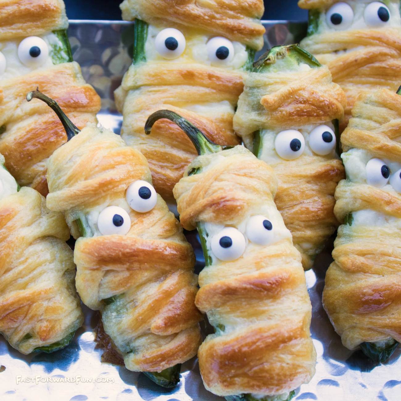 Jalapeño Popper Mummies (Easy & Fun Halloween Snack!)