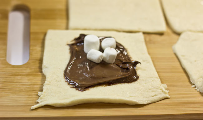 Nutella Pastry Pockets -- So easy and yummy!